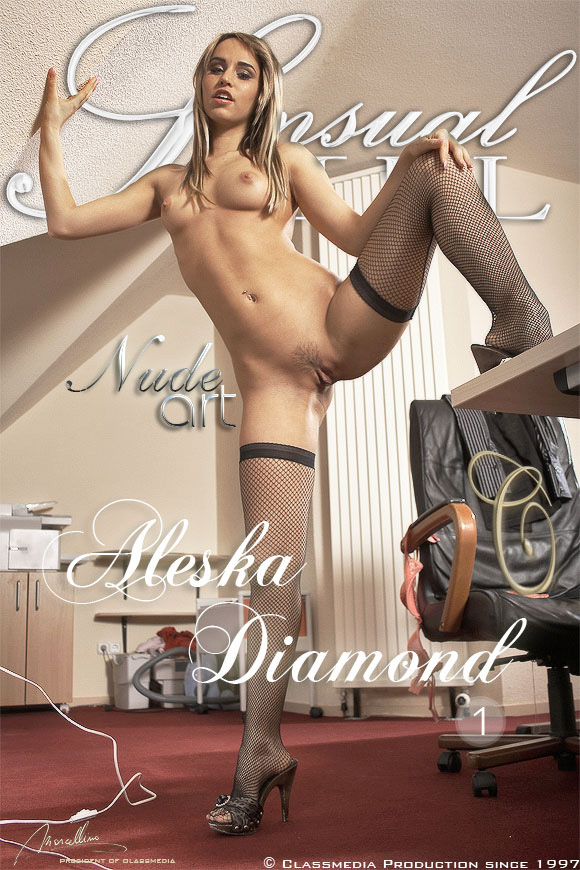 //www.class-nudes.com/assets/covers/aleska-diamond-001/aleska-diamond-set01.jpg